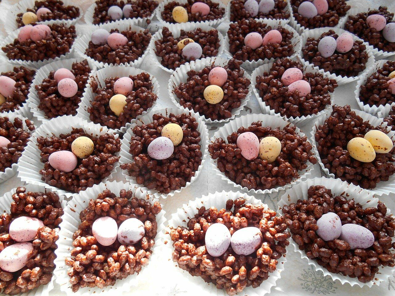 Mini egg nests for Easter Party